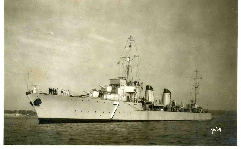 toulon-contre-torpilleur-tigre-3000-tonnes-carte-de-1943